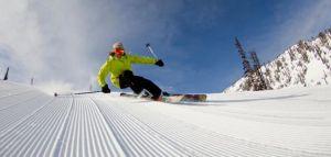 KHMR_2011_andrew_mirabato-downhill_skiier_groomed_large