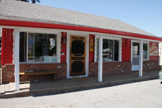 the-red-hut-cafe
